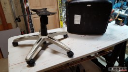 IkeaDeskChairRepair_01