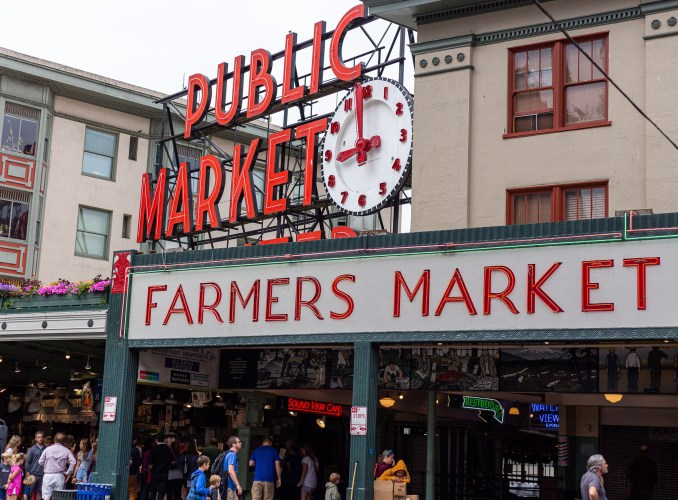 Pike's Peak Farmer's Market Seattle
