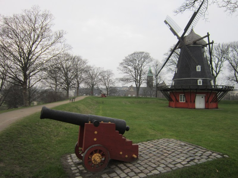 Things to do in Copenhagen - Kastellet star fortress windmill and canon