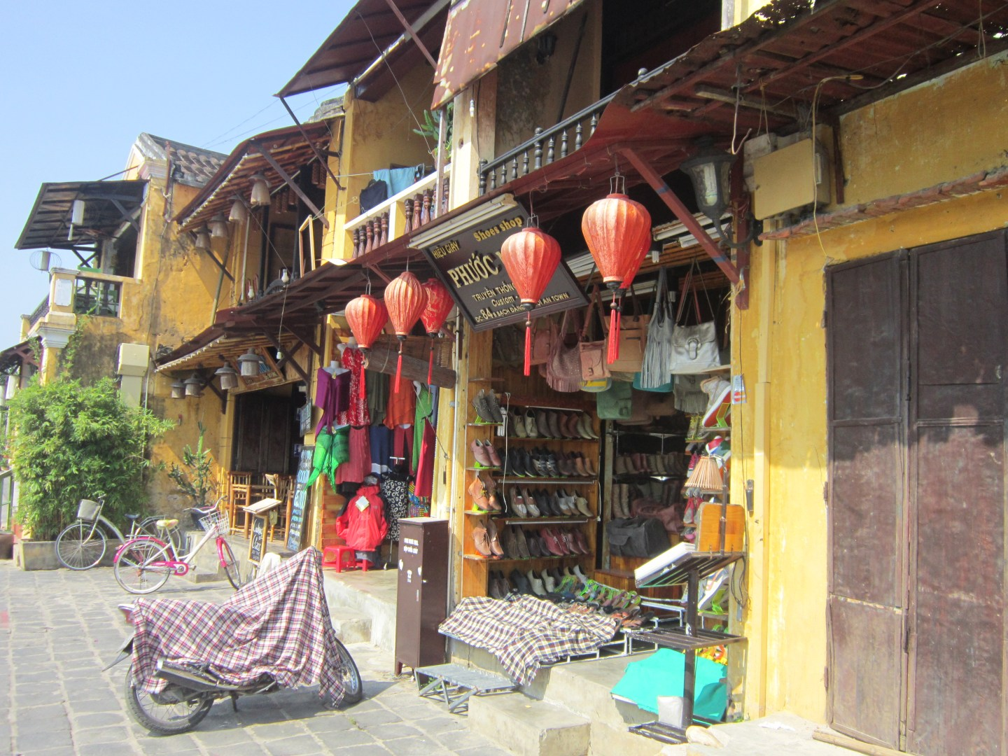 Photos of Hoi An – the beautiful old town