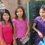The People Of Myanmar - Burmese girls visiting the temples of Bagan