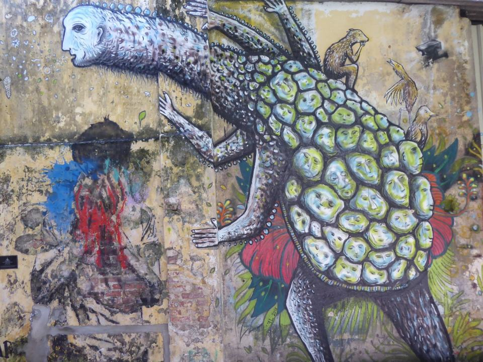 Upright turtle painting with a long neck  at Hin Bus Depot, Penang Travel Guide