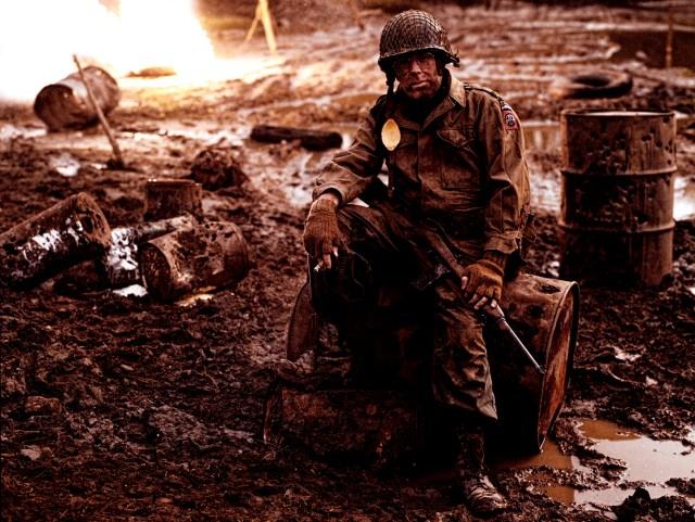39_American airborne soldier