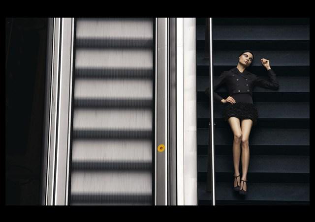 'Escalator' Satoshi Saikusa