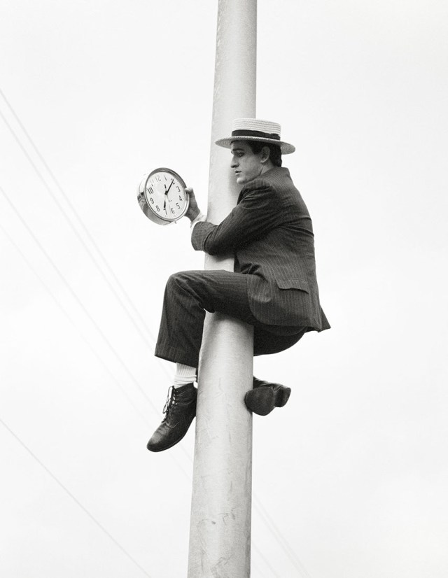 'Year End 0- Pole' Rolling Stone, 1991, ©geof kern