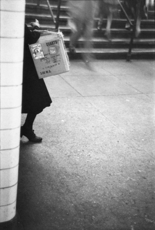 4. 'Box Girl', Saul Leiter:Dave Dye
