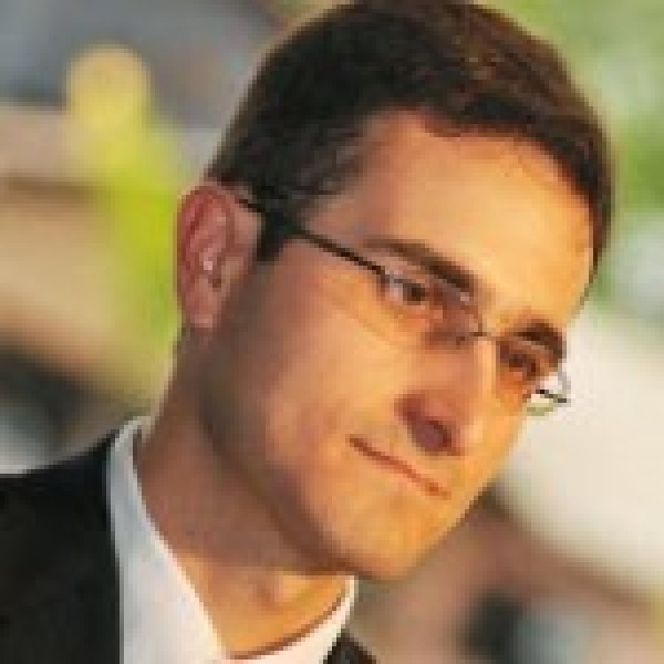 Profile picture of Lincoln Souza