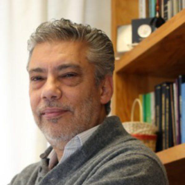 Profile picture of Victor L Barradas