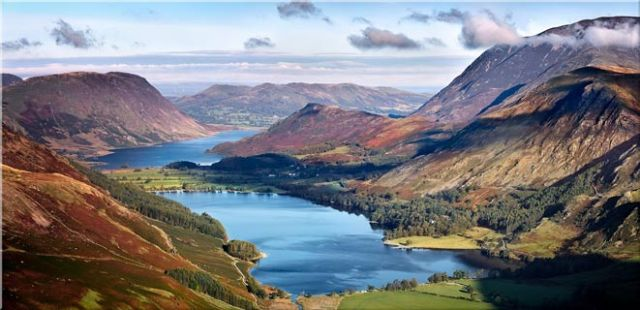 Buttermere and Crummock Water - Canvas Print