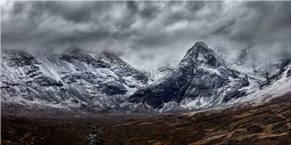 Black Cuillins Snow Fall - Canvas Print