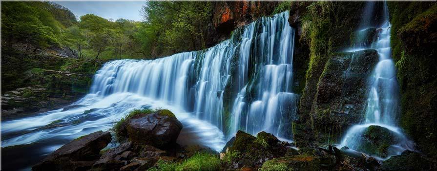 Upper Sgwd Isaf Clun-Gwyn Waterfall - Canvas Prints