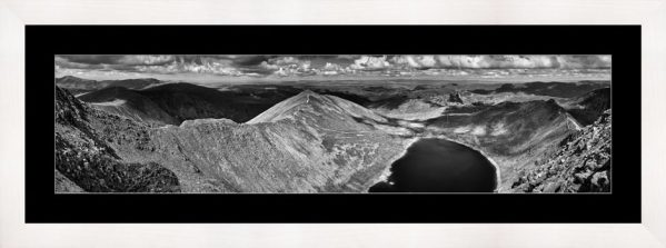 Swirral Edge to Striding Edge - Black White Framed Print with Mount