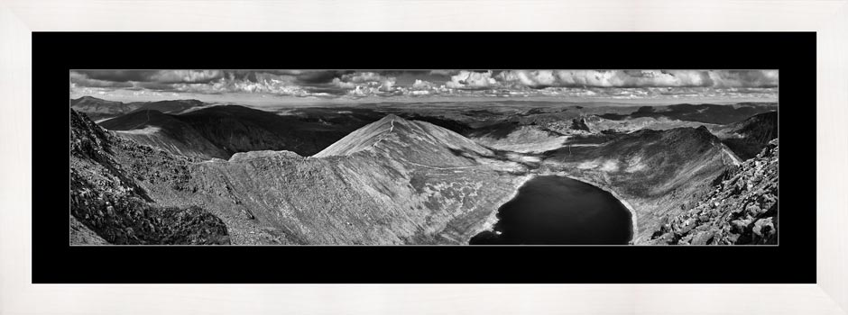 Swirral Edge to Striding Edge - Black White Framed Print