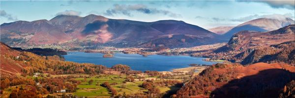 Derwent Water Autumn Panorama - Canvas Print