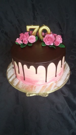 70Th Birthday Cakes 70th Birthday Cake Gateau 70 Ans Watercolor Ombre Effect Chocolate