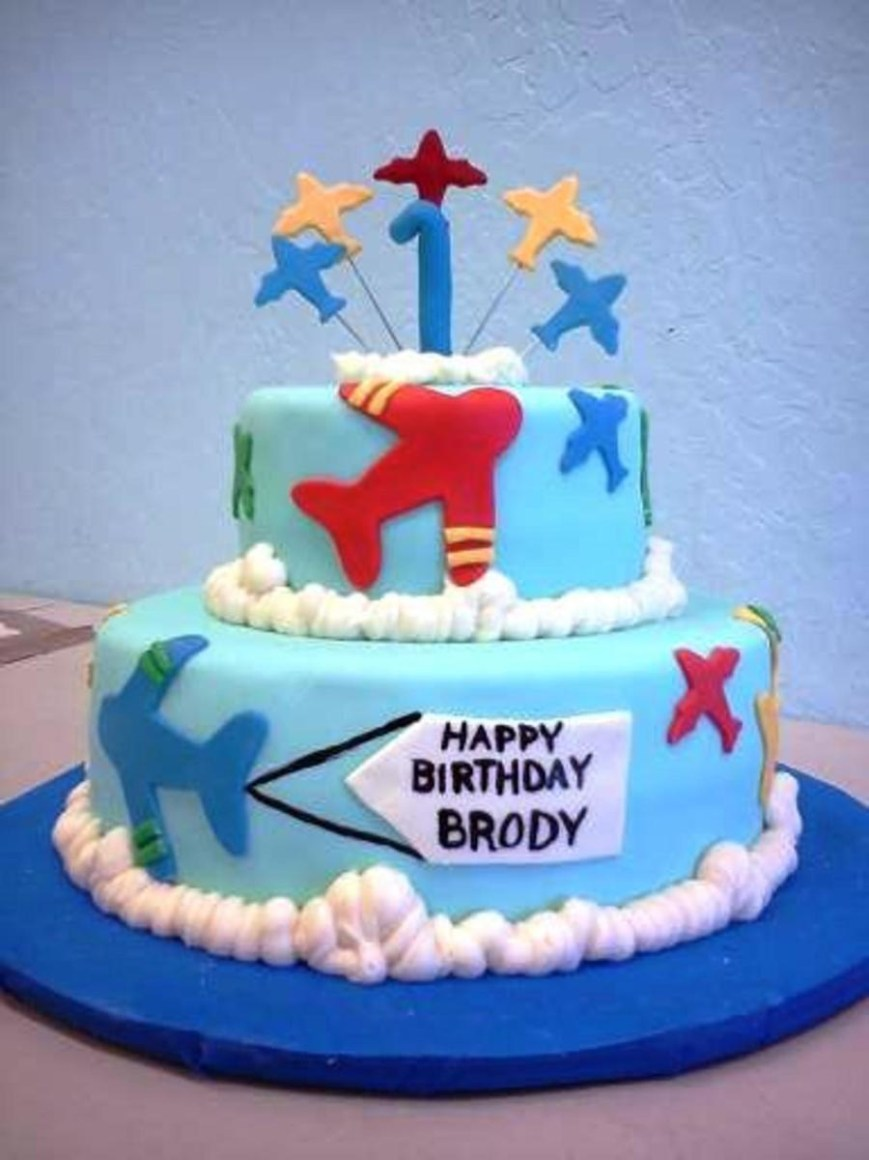 Airplane Birthday Cake Airplane Birthday Cake Mmf And Buttercream Decorations Cakecentral
