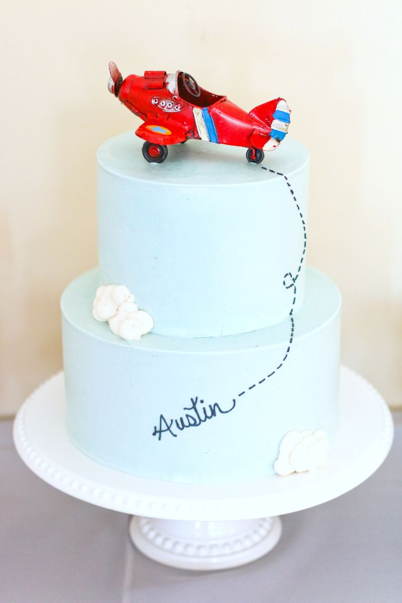 Airplane Birthday Cake Austins 4th Airplane Birthday Party Kids Parties Pinterest