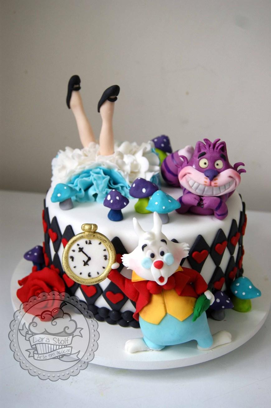 Alice In Wonderland Birthday Cake Alice In Wonderland Cake Bolo Alice No Pas Das Maravilhas