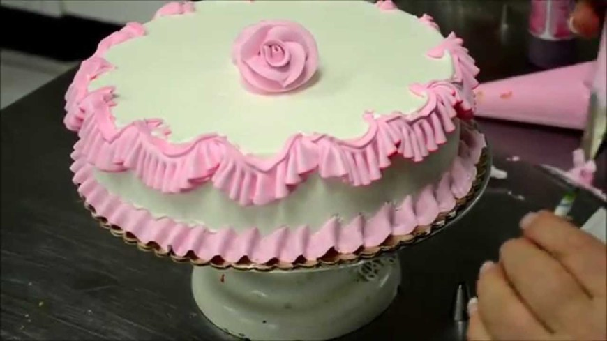 Bakery Birthday Cakes Chef Making A Pink Birthday Cake In Bakery Youtube