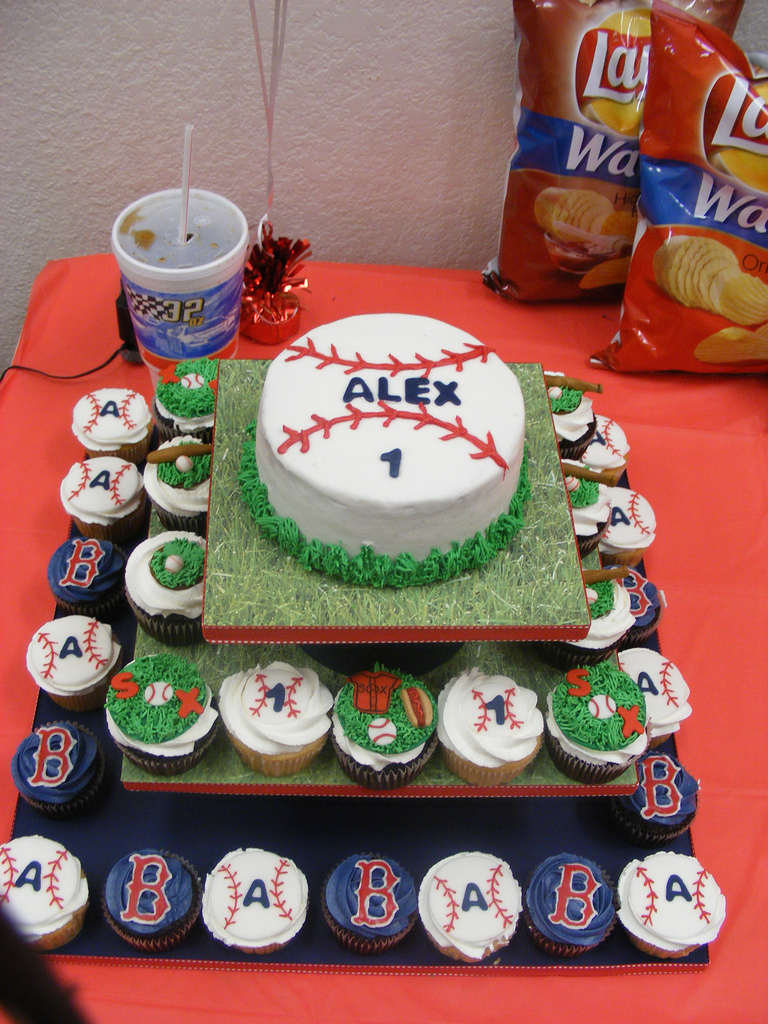 Baseball Birthday Cake Red Sox Baseball Birthday Cake And Cupcakes I Was Asked To Flickr