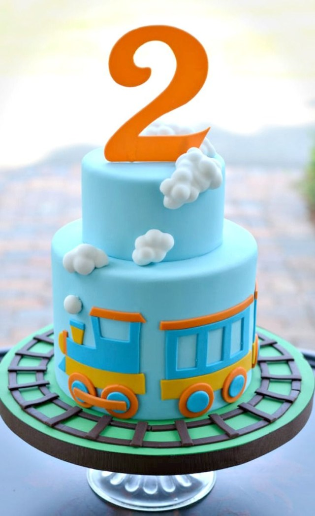 Birthday Cake For Boy Little Train Cake Cakes Pinterest Cake Birthday Cake And