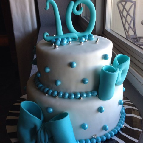Birthday Cakes For 10 Year Olds Bow Cake Teal For A 10 Year Old Girl Cakes On Board Pinterest