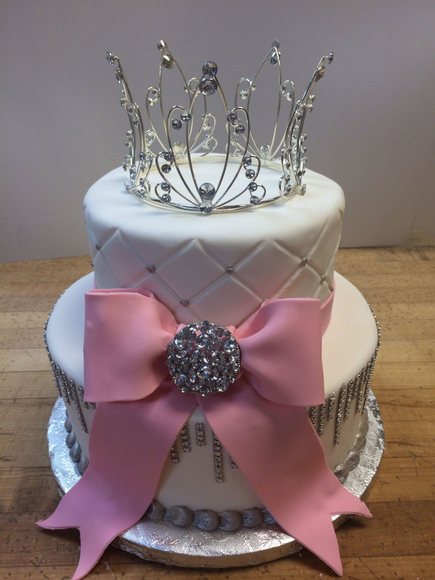 Bling Birthday Cakes Bling Y Sweet 16 Cake Quilted Fondant Made La Patisserie