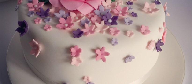 Cakes For Birthdays Pretty 18th Birthday Cake For Pretty Girl Design Elina Prawito