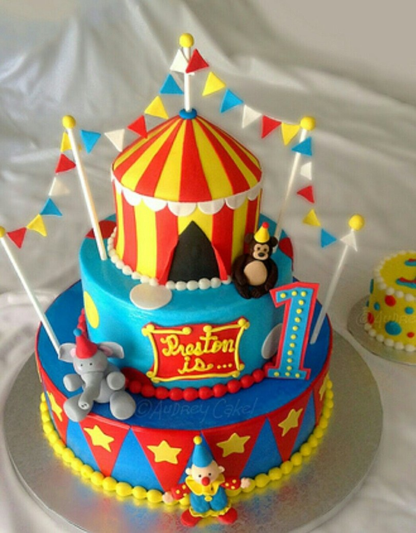 Carnival Birthday Cakes Circus Tent Cake Partyyyy Time Pinterest Birthday Circus
