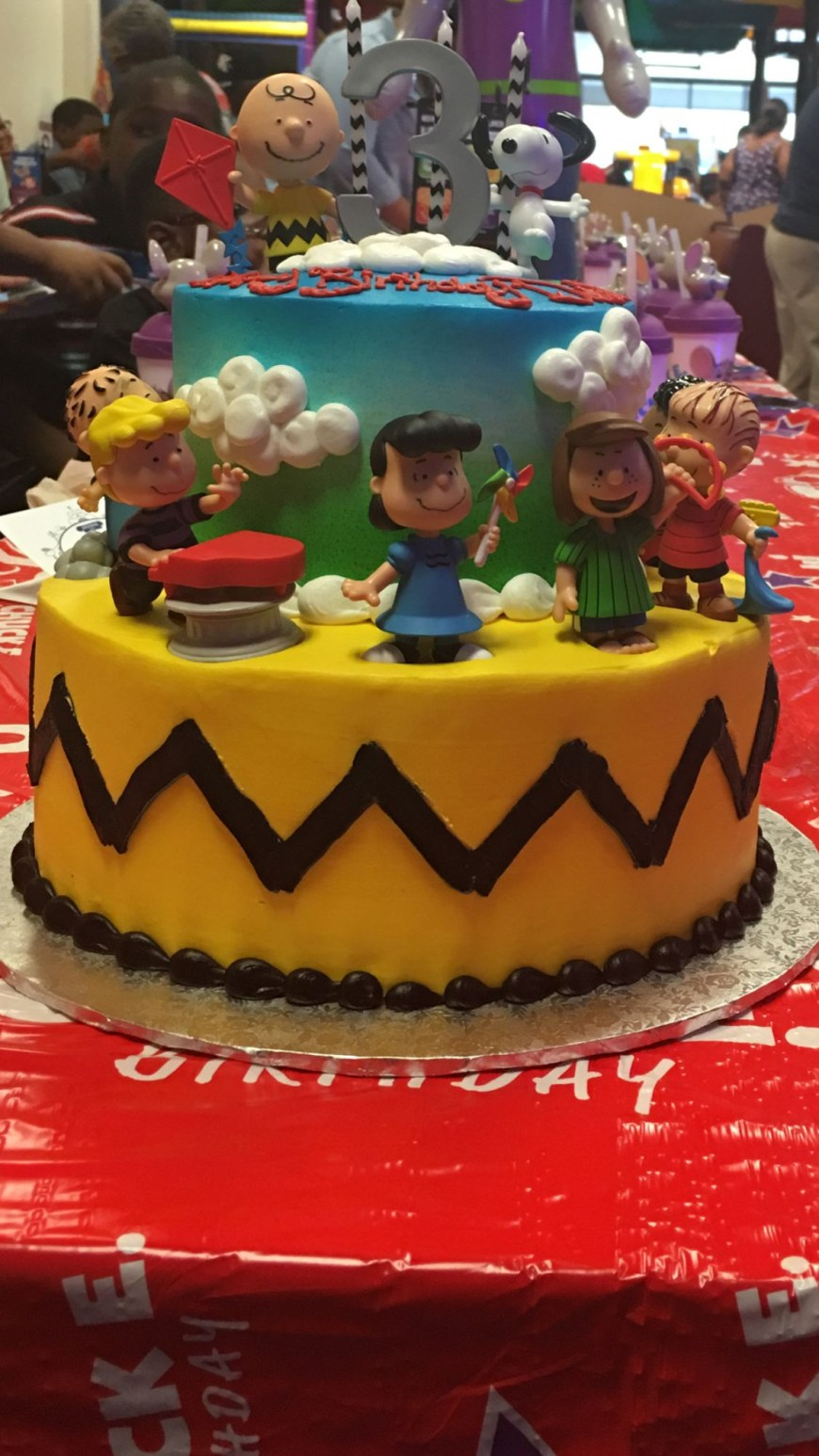 Charlie Brown Birthday Cake Charlie Brown Birthday Cake This Cake Was Made Walmart And The