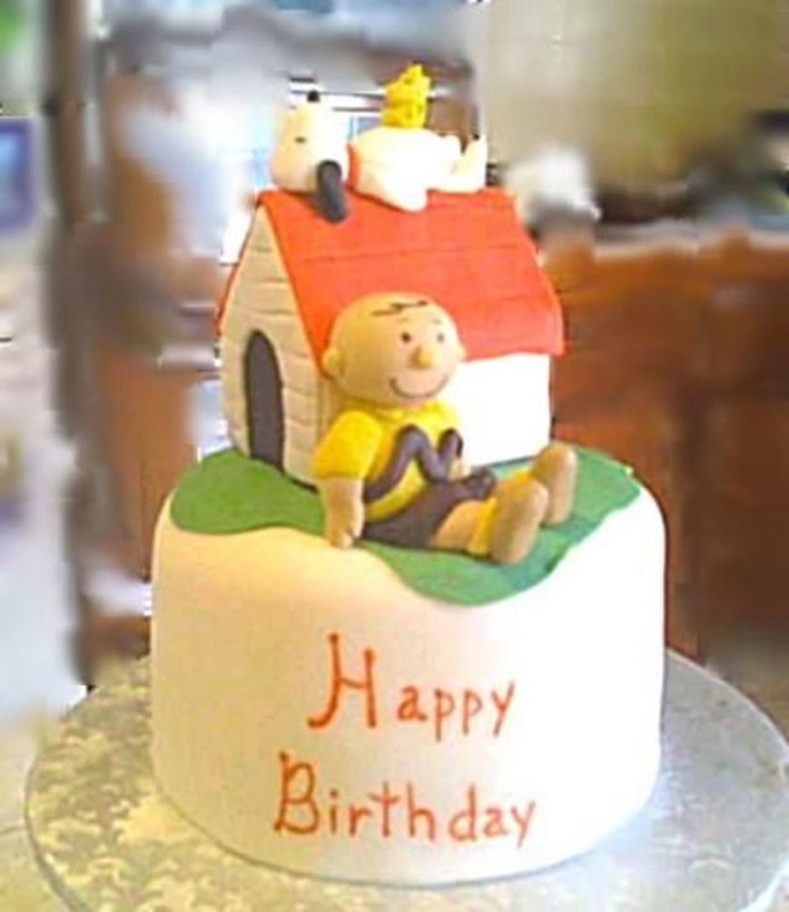 Charlie Brown Birthday Cake Snoopy And Charlie Brown Cake Cakecentral