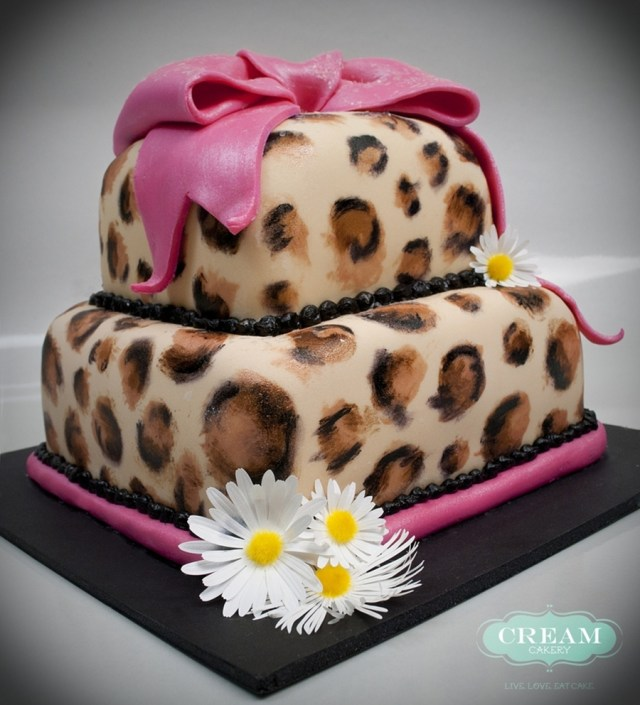 Cheetah Birthday Cake Cheetah Print Birthday Cake Cakecentral