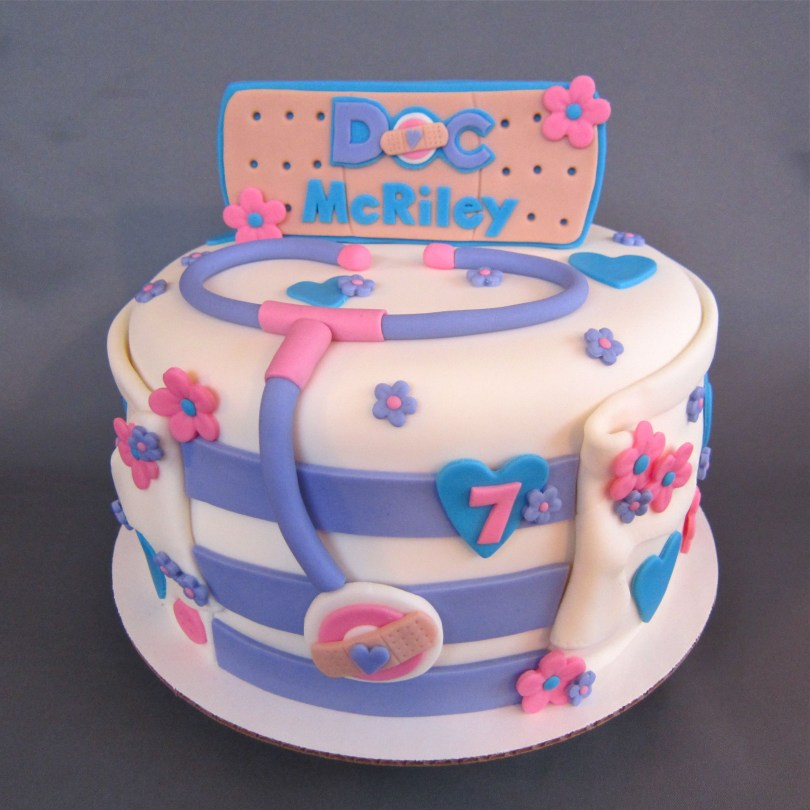 Doc Mcstuffin Birthday Cakes Doc Mcstuffins Inspired Birthday Cake Decorated Cakes Me