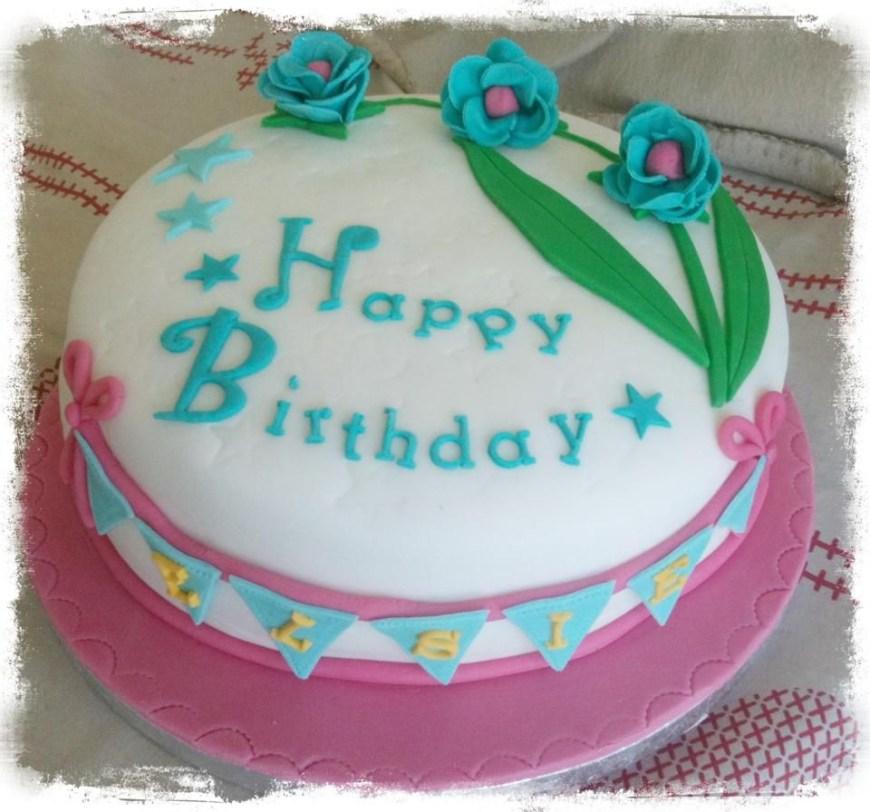 Happy Birthday Flower Cake Happy Birthday Flower Cake With Bunting Birthday Pinterest