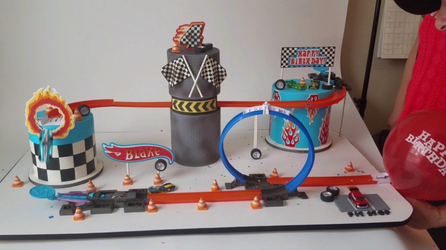 Hot Wheels Birthday Cake Hot Wheels Birthday Cake Youtube