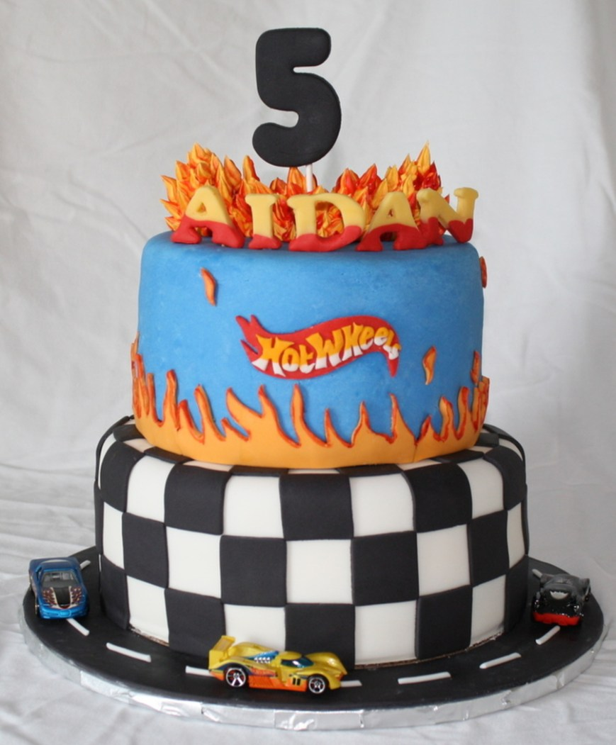 Hot Wheels Birthday Cake Hot Wheels Car Birthday Cake Cakecentral