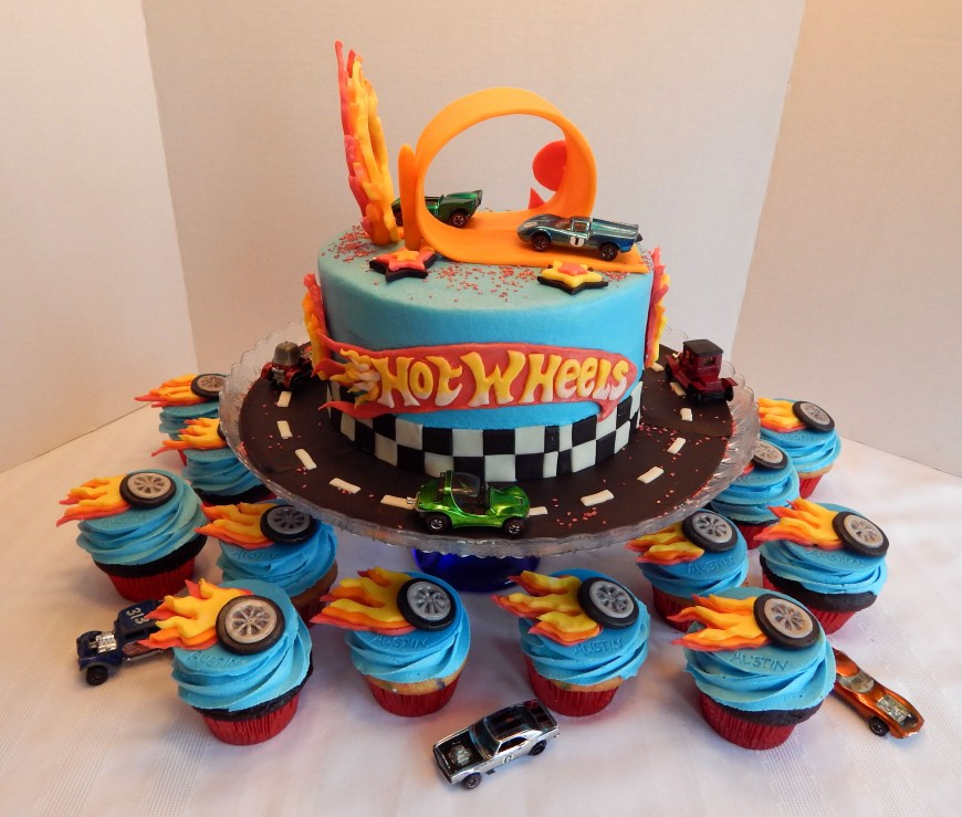 Hot Wheels Birthday Cake Pin Angelas Cakes On My Cakes Pinterest Hot Wheels Birthday