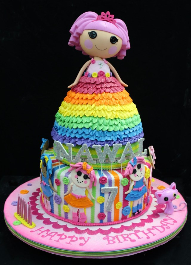 Lalaloopsy Birthday Cake Wow This Rainbow Lalaloopsy Cake Is Sew Beautiful Sew Sweet