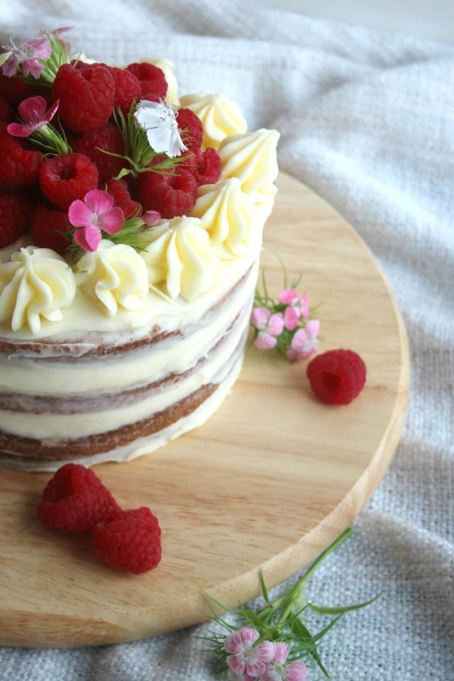 Lemon Birthday Cake Lemon And Raspberry Layer Cake Scarletscorchdroppers