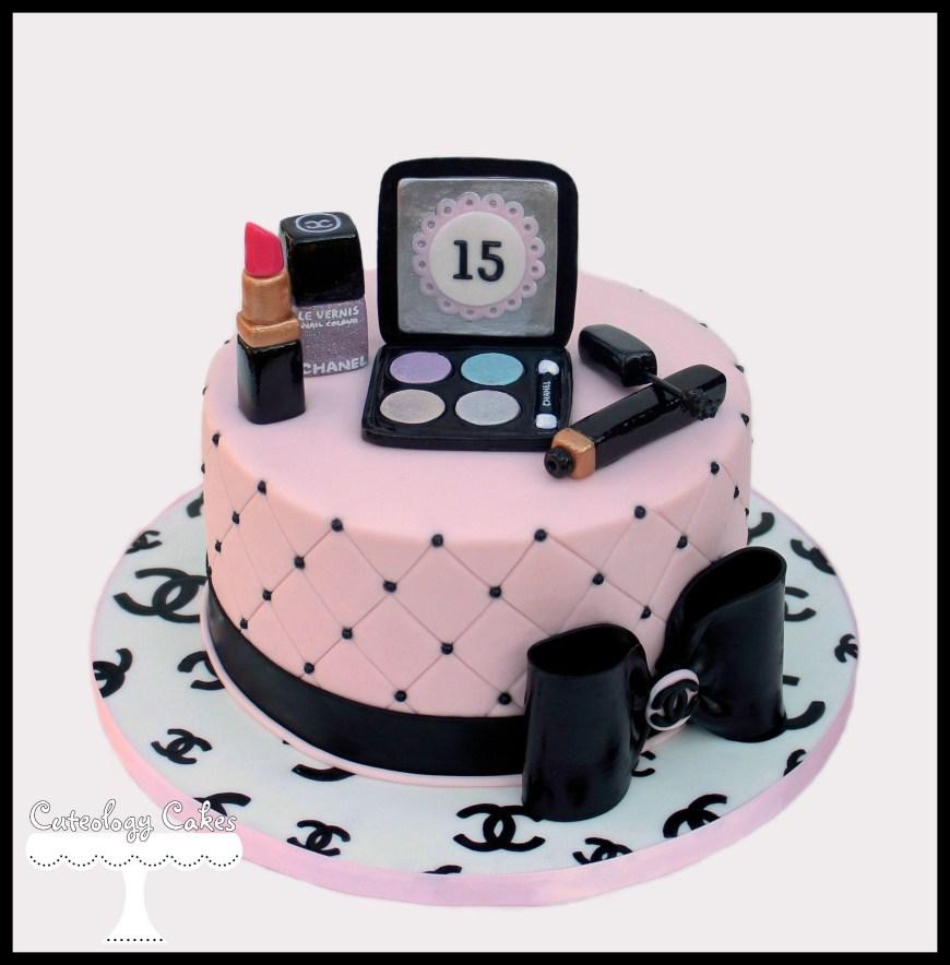 Makeup Birthday Cake Chanel Makeup Cake Wwwfacebookilovecuteologycakes