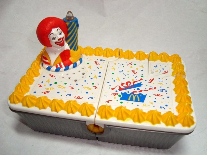 Mcdonalds Birthday Cake Ultra Rare Mcdonalds 1999 Musical Light Lite Up Birthday Cake Play