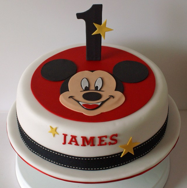 Mickey Birthday Cake Mickey Mouse Birthday Cake An 8 Inch Layered Sponge Cake O Flickr