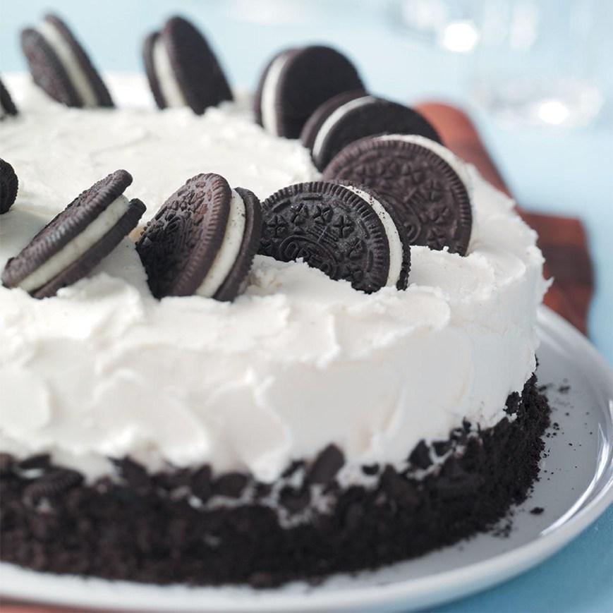 Oreo Birthday Cake Cookies And Cream Cake Recipe Taste Of Home