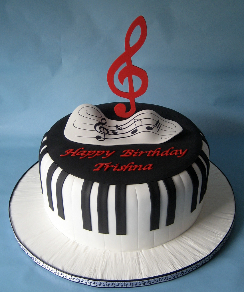 Piano Birthday Cake Piano Keys Cake Birthday Cake For A New Piano Student Eve Flickr