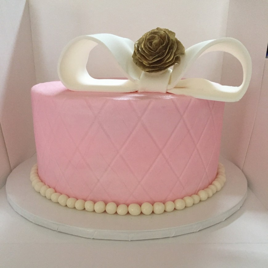 Pink And Gold Birthday Cake Pink And Gold Birthday Cake Small Quilted Pink Cake With G Flickr