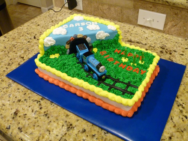 Train Cakes For Birthdays Thomas The Train Birthday Cake Cake Ideas Pinterest Birthday