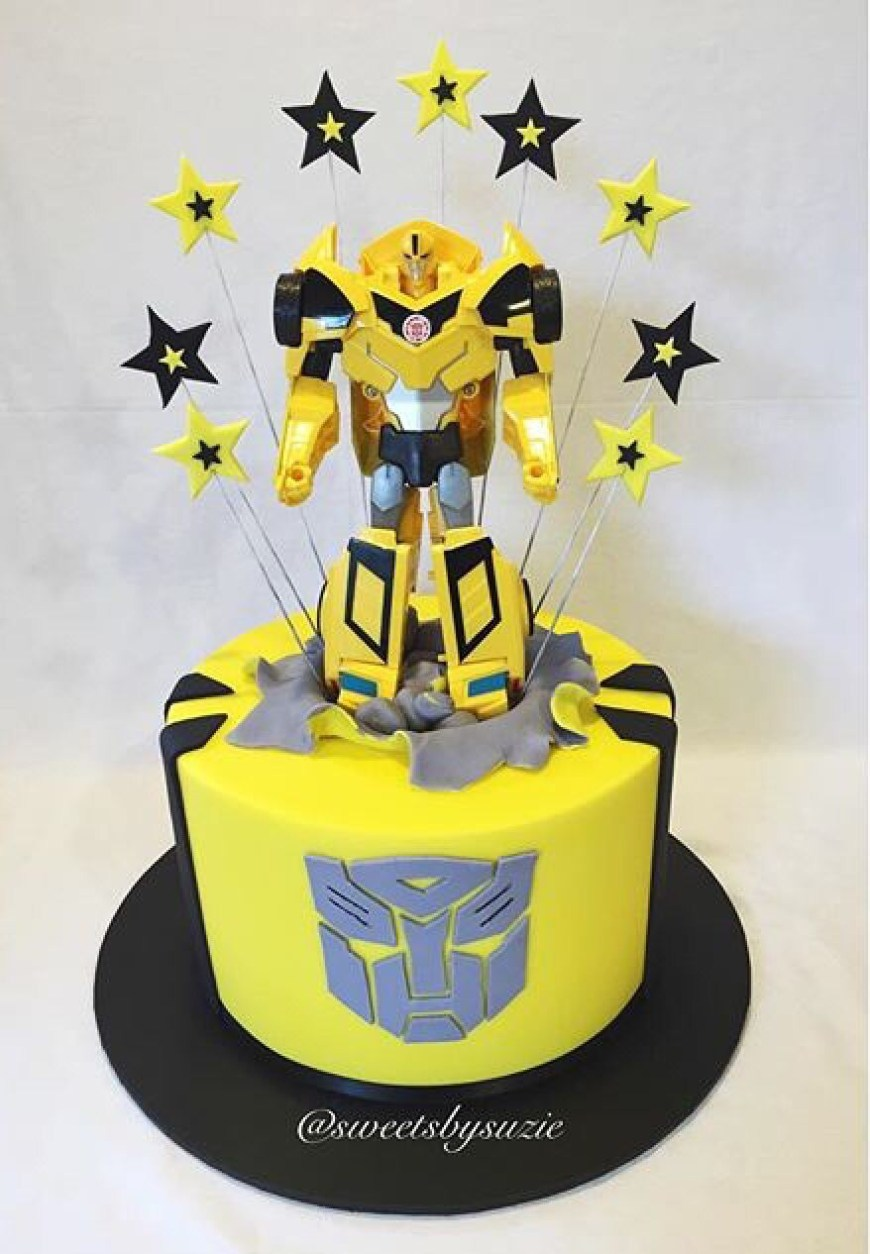 Transformers Birthday Cake Bumblebee Transformer Birthday Cake Made Sweetssuzie Cohens