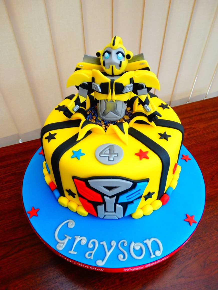 Transformers Birthday Cake Bumblebee Transformers Cake Xmcx Birthday Pinterest