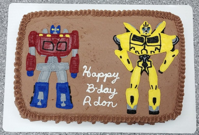 Transformers Birthday Cake Cupcakes Flea On Twitter Transformers Cake Transformer
