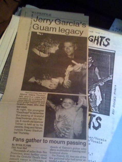 Pacific Daily News Guam: Article about Jerry Garcia's death with quotes from Dave